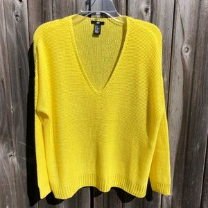 H&M Yellow V Neck Oversized Sweater Size Small